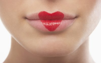 4 Tips to Keeping Your Mouth Healthy for Kissing